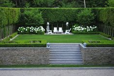 Small Backyard Ideas – With a little planning, also the smallest yards can end up being an excellent escape. We've got 15 small backyard ideas to assist you get started. Modern Garden Design, Contemporary Garden, Garden Landscape Design, Modern Landscaping, Front Yard Landscaping, Landscaping Ideas, Back Gardens, Outdoor Gardens, Formal Gardens