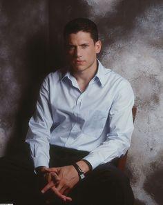 Michael Scofield, Wentworth Miller Prison Break, Leonard Snart, Dominic Purcell, Sarah Wayne Callies, Bad Boy Aesthetic, Man Crush Everyday, Boyfriend Style, Daily Photo