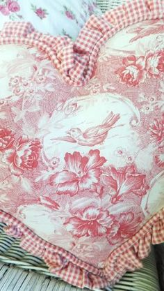 Darling pink toile heart trimmed  with pink gingham. by Julili