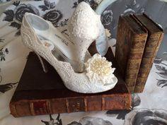 Custom lace wedding shoes / vintage