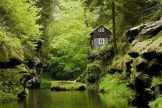 Wild Gorge (Hrensko) - 2018 Alles wat u moet weten VOORDAT je gaat - TripAdvisor Places To Travel, Places To Go, Czech Republic, Prague, Trip Planning, Wander, Trip Advisor, Attraction, Country