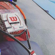 Pinを追加しました!/汗っかきなので、週一長くても二週間に一回のペースで、グリップテープ替えてます。 #wilson #burn95cv #tennis #修行