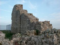 ruderi  #Sicily #borghipiubelliditalia The castle is in Byzantine style devoid of decorations, now mostly a ruin, but in the past it was a military fortress.