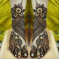 📌 hajra::::: foot henna design special occasions foot design If u r interested Khafif Mehndi Design, Mehndi Designs 2018, Modern Mehndi Designs, Mehndi Designs For Girls, Mehndi Design Photos, Mehndi Designs For Fingers, Dulhan Mehndi Designs, Mehndi Designs For Hands, Mehendi