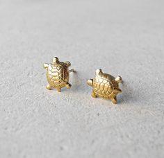 Turtle Stud Earrings,Tiny Gold Brass Earrings,Animal Earring Posts,Dainty Jewelry,Spring Jewelry,Hypoallergenic Earring Studs (E090)