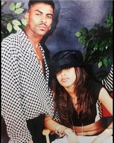 rare photo of Aaliyah with ginuwine Rip Aaliyah, Aaliyah Style, Aaliyah Singer, Black Celebrities, Celebs, Aaliyah Haughton, My Black Is Beautiful, Rare Photos, One In A Million