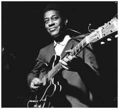 Grant Green ~ Photo Francis Wolff 1962 during the recording session for his Feelin' the Spirit album 1962 Jazz Artists, Jazz Musicians, Music Artists, Beat Generation, Music Is Life, Live Music, Soul Music, William S Burroughs, Francis Wolff