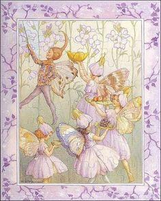 fairy_tarrant_ladys-smock_frame.jpg  (423 x 528 x 16777216) (96872 bytes)