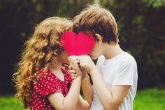 "Poveste de viață: ""Prima iubire nu se uită niciodată!"" Crush Quizzes, Fun Quizzes, First Boyfriend, Boyfriend Humor, Cute Couple Quotes, Kids Kiss, Funny Texts Crush, Crush Memes, Crush Love"