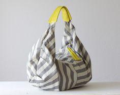 Kallia bag in stripe cotton and yellow leather.