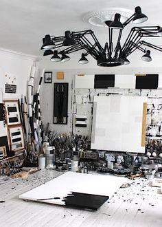 Creative Home Office Design Creative Arts Studio, Art Studio Design, My Art Studio, Studio Room, Creative Home, Art Studio Storage, Art Studio Organization, Office Deco, Workspace Inspiration
