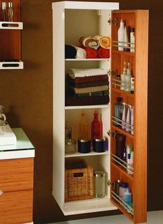 banyo dolabı Bathroom Storage, Bathroom Interior, Bathroom Medicine Cabinet, Washroom, Closet Shelves, Corner Shelves, Storage Cabinets, Wood Pallets, Decoration