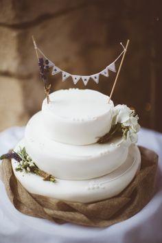Rustic Cotswolds Barn Wedding Rustic Cake Bunting Topper http://jenmarino.com/
