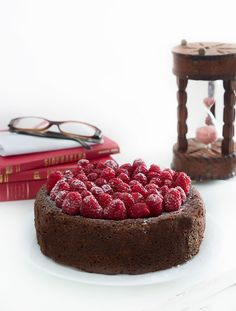 Paperback: Chocolate  & Raspberries Sponge Cake by Rústica