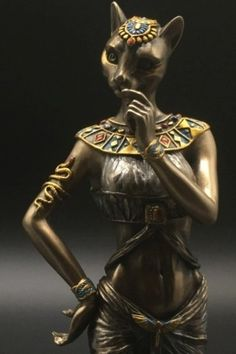 Egypt Art, Cairo Egypt, Bastet, Egyptian Goddess, Egypt Travel, Effigy, Classical Art, Magical Creatures, Ancient Egypt