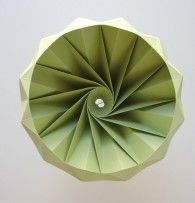 Chestnut gevouwen papieren origami lamp : Studio Snowpuppe papieren origami lampen, sinds 2010