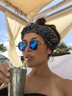 7b51977a8abc Scarfs are beach looks best friends. Use them as headscarfs for that chic  boho beach