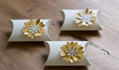 Daisy Wedding Favor/ Party Favor Bustina Box by Pierrepont on Etsy, $1.25