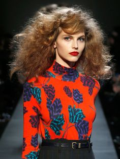 Marc by Marc Jacobs from New York Fashion Week Fashion Week, New York Fashion, Paris Couture, Frizz Free Hair, Red Curls, 70s Hair, Make Up Inspiration, Look At You, Hair Trends