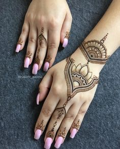 Classic henna design for hand by@rabbyy_mehndi