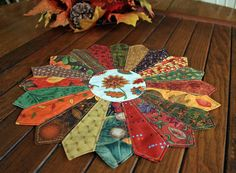 Your place to buy and sell all things handmade Dresden Quilt, Dresden Plate, Quilting Projects, Sewing Projects, Etsy Quilts, Photo Candles, Fall Quilts, Tree Quilt, Flower Center
