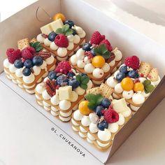 Fancy Desserts, Just Desserts, Delicious Desserts, Yummy Food, Baking Recipes, Cake Recipes, Dessert Recipes, Mini Cakes, Cupcake Cakes