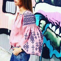 +схема Folk Fashion, Ethnic Fashion, Womens Fashion, Ukrainian Dress, Style Ethnique, Mode Top, Bohemian Blouses, Embroidered Clothes, Diy Schmuck