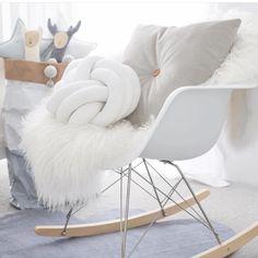 Lavish Velvet Buttoned Cushion