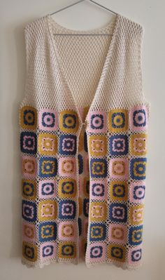 Crochet Art, Crochet Woman, Crochet Granny, Free Crochet, Crochet Cardigan Pattern, Crochet Jacket, Basic Embroidery Stitches, Crochet Stitches, Crochet Designs