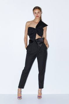 Biggest Trends In Women S Fashion Refferal: 7764312383 Party Crop Tops, Discount Womens Clothing, Womens Clothing Stores, Clothes For Women, Cropped Tops, Online Clothing Sites, Stylish Shirts, Zara Dresses, Dresses Uk