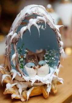 Winter scene egg