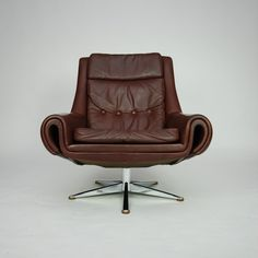 Anonymous; leather and Chromed Metal Lounge Chair by ESA Møbelværk, 1960s.