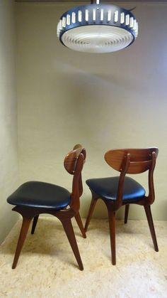 Cowhorn chair