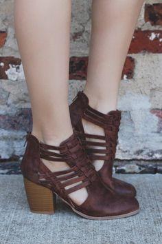Cognac Woven Faux Leather Closed Toe Bootie Maze-93 – UOIOnline.com: Women's Clothing Boutique