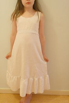 Nightgowns from bedsheets. pretty! Whatcha think @jessica sylvester?