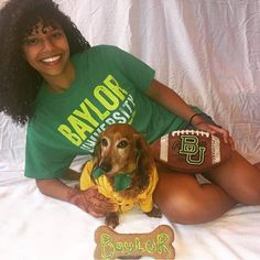 Would like a picture like this with a very #BaylorProud dog, thank you. #SicEm