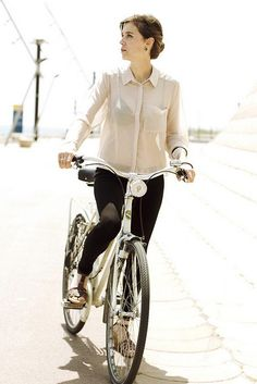 Classic. Barcelona Cycle Chic by Barcelona Cycle Chic, via Flickr