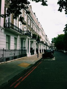 London stroll - Delphine Pham Tran