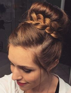 30 Easy and Stylish Casual Updos for Long Hair