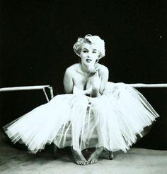Marilyn-Monroe-Milton-Greene-410.jpg (410×426)
