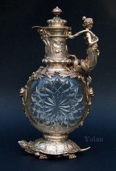 History and Origin of Claret Jugs: an article for ASCAS - Association of Small Collectors of Antique Silver website Antique Glassware, Antique Bottles, Muebles Estilo Art Nouveau, Vintage Silver, Antique Silver, Bronze, Art Object, Vases, Glass Art