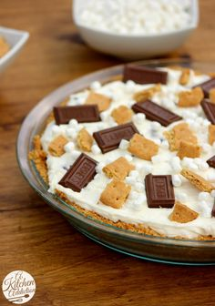 No Bake S'mores Cheesecake Pie Recipe l www.a-kitchen-addiction.com