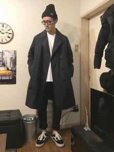 ユナイテッドアローズのトレンチコートです。 オーバルなサイズ感でゆったり着れます、、、