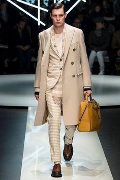 Sfilata Canali Milano Moda Uomo Autunno Inverno 2015-16 - Vogue