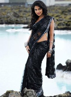 Amala Paul hot in Black Saree #AmalaPaul #TamilActress