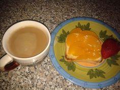 #beautiful #yesterday #breakfast! #colazione #pesche #fragola #caffèlatte #peach #strowberry #milk #loveit #goodmorning #haveaniceday!