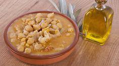 La Ricetta della Zuppa di Ceci e finocchio, tipico piatto della tradizione sarda. Perfetto da gustare col freddo invernale, come primo o come piatto unico.