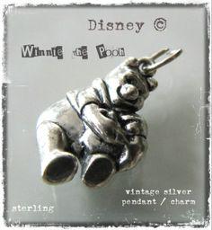 Vintage Winnie The Pooh silver pendant / charm - www.flearoom.fi