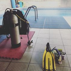 Diving lesson 1 #PADI by adriamorales