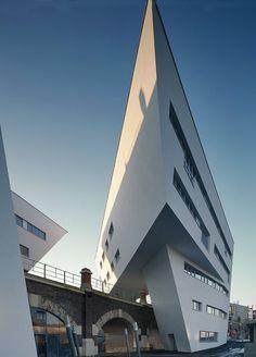 Spittelau Viaducts Housing Project, Vienna, Austria © Zaha Hadid Architects